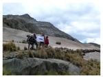 Septembre 2013 : Trek de l'apu Pariacaca avec Annaïg et Gauthier - Annaïg, Gauthier, Thomas et Jacky sur le chemin inca  Trek del apu Pariacaca con Annaïg y Gauthier - Annaïg, Gauthier, Thomas y Jacky en el camino inca
